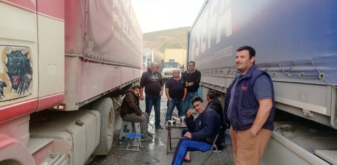 Greek drivers at the Iraqi border