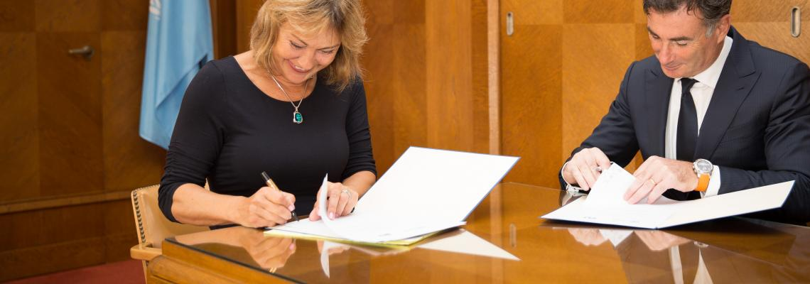 IRU signs agreement with UNECE