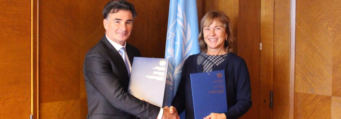 UNECE signs IRU's mandate to administer TIR