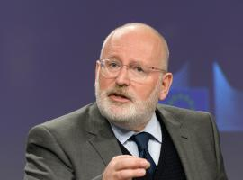 Timmermans looks to constructive engagement with road transport sector on EU decarbonisation