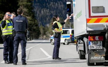 Road transport industry fights disproportionate driving restrictions in Austria