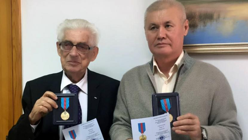 KAZATO President, Makhsat Saktaganov, and Secretary General, Theodor Kaplan, received medals